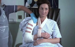 Оскольчатый перелом плечевой кости: характерные симптомы, тактика лечения, реабилитация и возможные осложнения