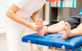Перелом стопы, пальцев ноги: возможные причины, характерные признаки, принципы лечения и реабилитация