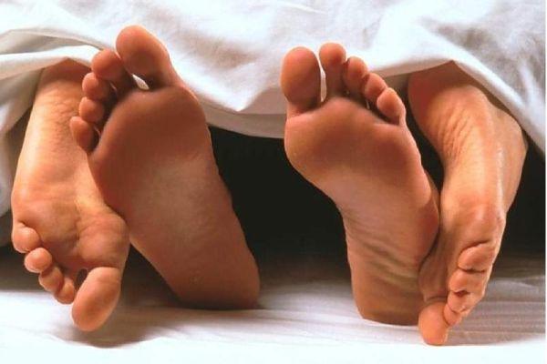 Пути передачи гонореи, первые симптомы гонореи у женщин и мужчин, методы лечения гонореи
