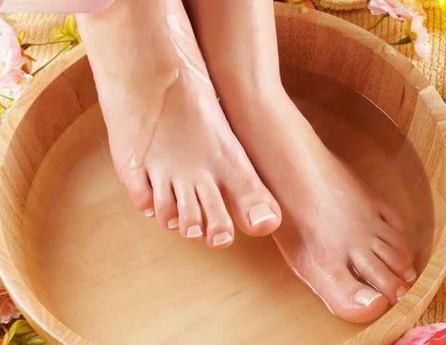 Чем лечить грибок ногтей при грудном вскармливании?