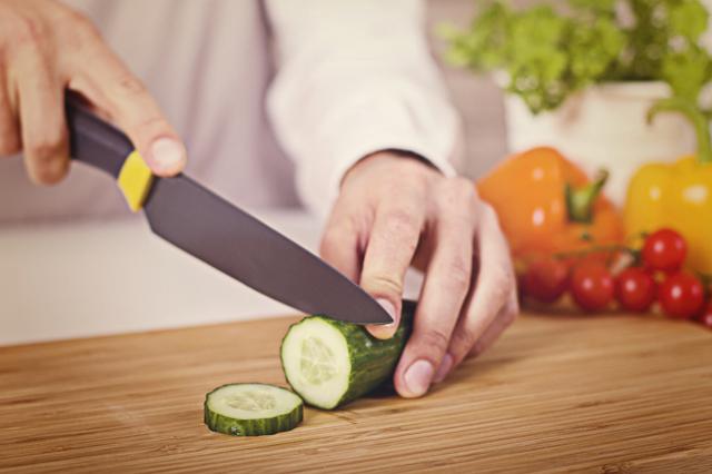 Польза и вред огурца, пищевая ценность огурцов, состав и применение продукта