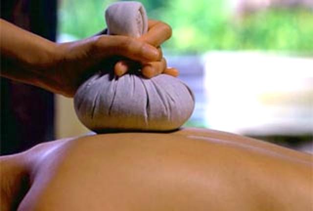 Шейный остеохондроз: симптомы, лечение в домашних условиях, упражнения при шейном остеохондрозе