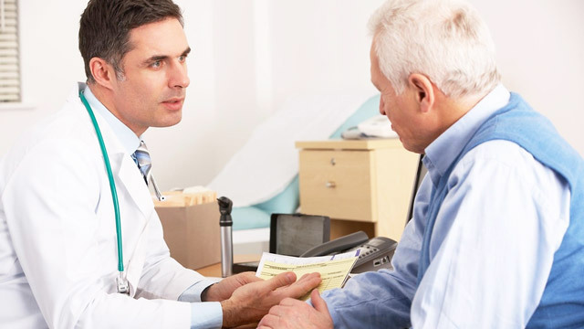 Лечение хронической анальной трещины, причины, симптомы, операция