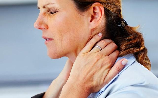 Диффузный эутиреоидный зоб: что это такое, степени, симптомы и лечение