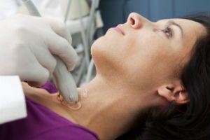 Заболевания щитовидной железы при беременности: причины увеличения щитовидки во время беременности