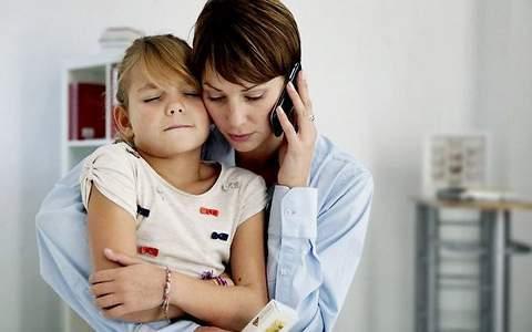 Болит живот около пупка: что делать, причины боли у детей и взрослых