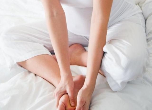 Отекают ноги при беременности – что делать, причины отеков при беременности, лечение