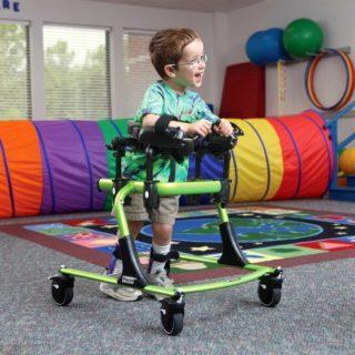 Признаки ДЦП, формы заболевания, развитие ребенка с ДЦП, лечение и прогноз