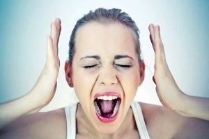 Простой герпес у женщин: признаки, симптомы, сыпь на губах и на теле