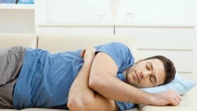 Приапизм у мужчин: что это такое, причины, лечение, профилактика болезненных эрекций