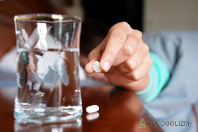 Мидокалм и алкоголь: совместимость, через сколько можно пить, последствия