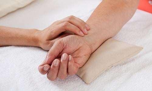 Йододефицитные заболевания щитовидной железы: причины, симптомы и лечение