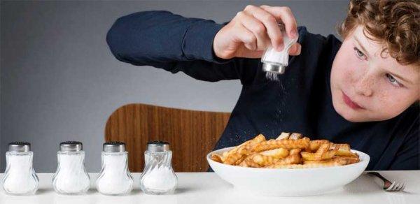 Сколько соли нужно есть в день: польза и вред соли, нормы потребления соли, данные исследований о соли.