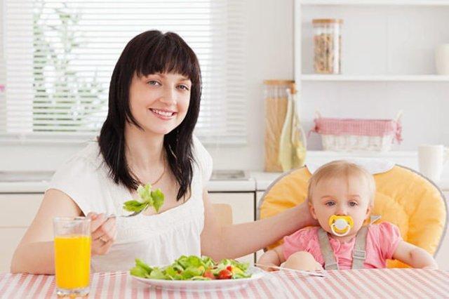 Как определить жирность грудного молока: нормы, продукты повышающие жирность