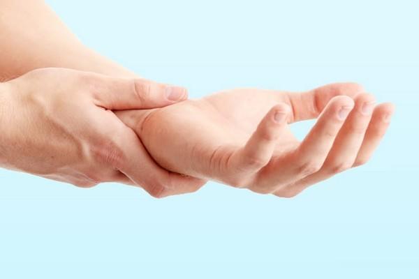 Синостоз локтевого сустава и лучевой кости у взрослого, у ребенка: лечение, инвалидность