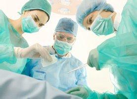 Выпадение геморроидальных узлов: лечение, свечи, мази, операция