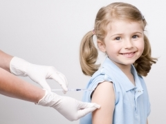 Прививка от ХИБ инфекции: что это такое и от чего она защищает ребенка
