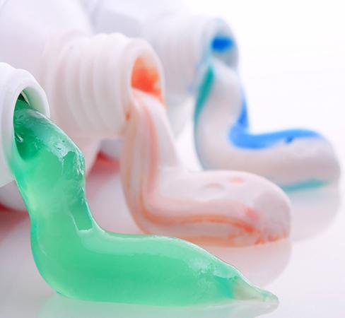 Фтор в зубной пасте: польза и вред, зачем он нужен, вреден ли