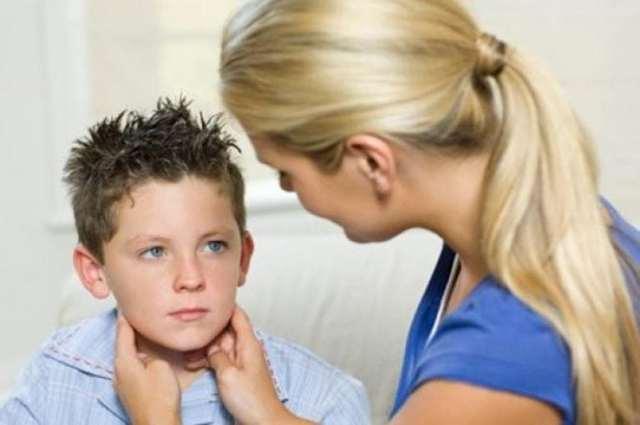 Эпидемический паротит у детей: симптомы, пути заражения, методы лечениясвинки у детей и возможные осложнения