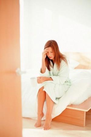 Рвота при болезнях у взрослых и детей, механизм возникновения рвоты, её причины и лечебные мероприятия.