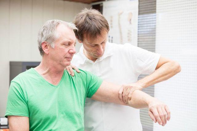 Как снять боль после перелома ключицы – реабилитация после перелома