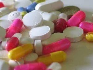 Как лечить простуду при язве: какие таблетки разрешены при язве желудка?