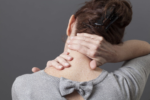 Болит голова и затылок: что делать, причины головной боли в затылке