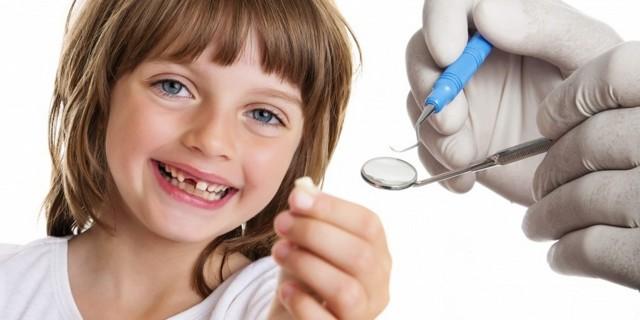 Удаление молочных зубов у детей, показания, осложнения, последствия