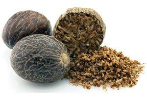 Полезные свойства мускатного ореха, биохимический и минеральный состав, пищевая ценность, вред и противопоказания к употреблению, рецепты народной медицины