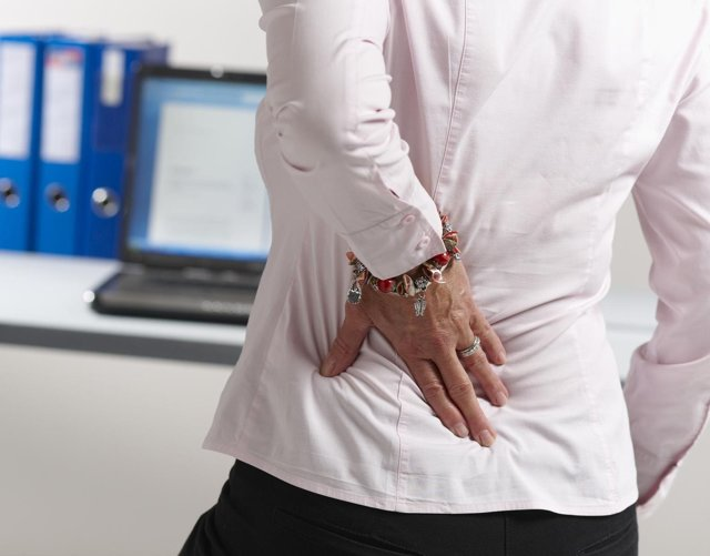 Боли в правом боку как симптом: возможные причины болей в правом подреберье у женщин и мужчин