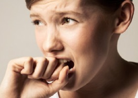 Панические атаки — симптомы и лечение, причины заболевания, диагностика, способы устранения