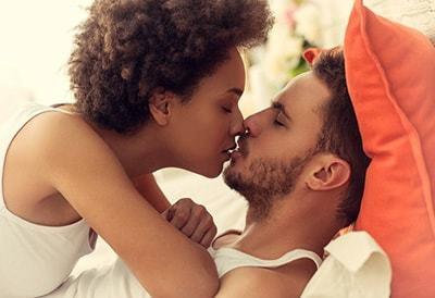 Можно ли заразиться ВИЧ через поцелуй, передается ли ВИЧ при поцелуе