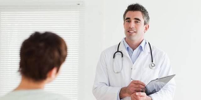 Арахнодактилия, синдрома Марфана, болезнь паучьих пальцев: причины, лечение