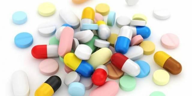 Лекарственные средства от кашля для взрослых: препараты от сухого кашля и противокашлевые средства
