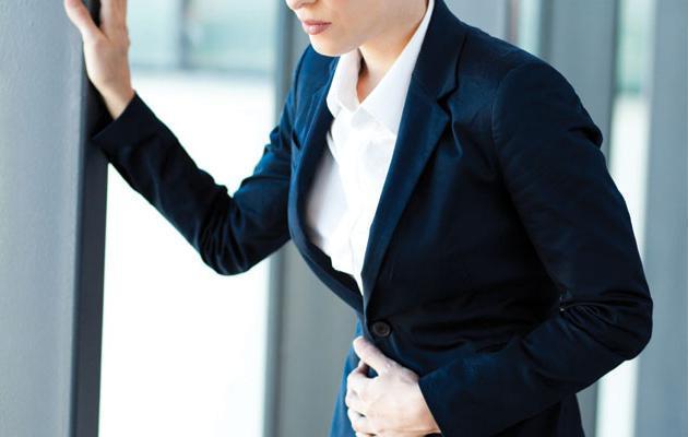 Язва желудка: лечение медикаментозными средствами и при помощи народных средств