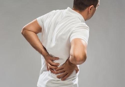 Что делать при сильной колющей боли в правом боку?