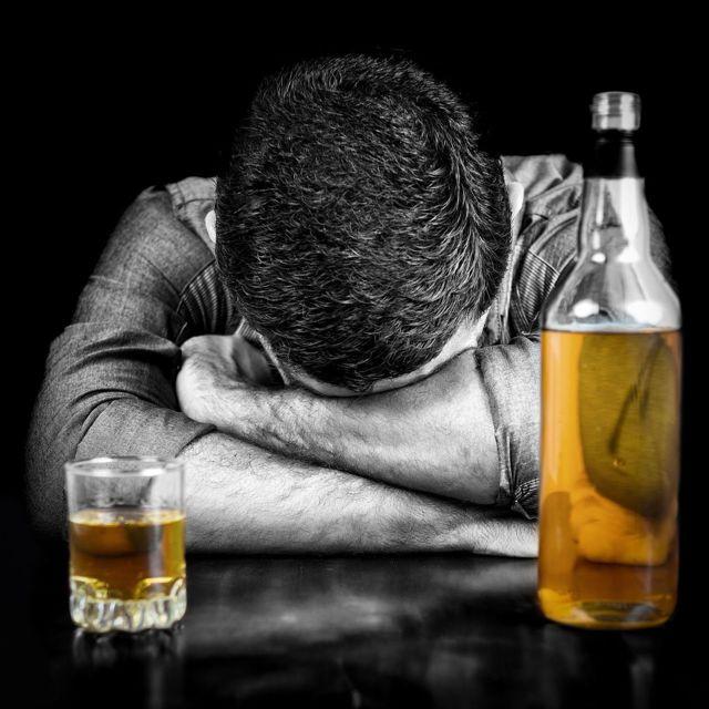 Нимесил и алкоголь: совместимость, через сколько можно пить, последствия