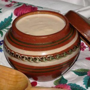 Ряженка – полезные свойства, вред, пищевая ценность, противопоказания, состав