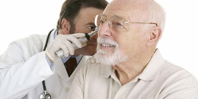 Серная пробка в ухе: симптомы, как удалить в домашних условиях