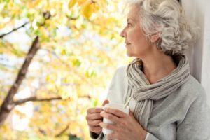 Мочевая кислота в крови: нормы у женщин и мужчин по возрасту, причины повышения, лечение