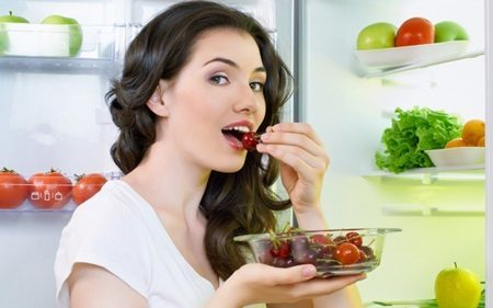 Как избавиться от сонливости с помощью правильного питания: продукты, вызывающие сонливость