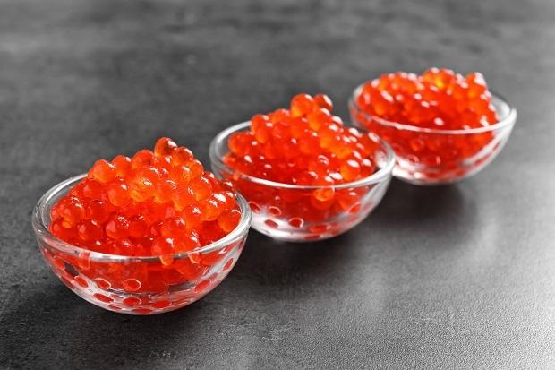Икра красная – польза и вред, пищевая ценность и химический состав лососевой икры, советы - как выбрать красную икру.