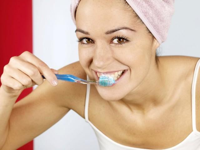 Зубной камень: как выглядит, как удалить, как избавиться в домашних условиях
