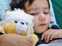 Почему годовалый ребенок плохо ест и как лечить младенческую анорексию