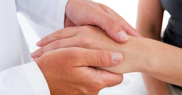 Системная склеродермия – симптомы, причины развития, методы диагностики и лечения склеродермии при помощи медицинских препаратов и средств народной медицины.