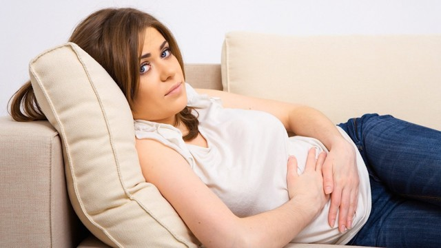 Как лечить геморрой при беременности: свечи, диета и народные методы лечения.