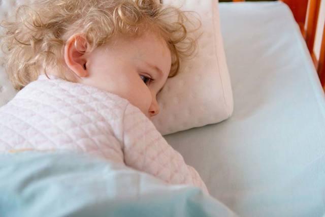 Симптомы врожденного сифилиса, лечение раннего и позднего врожденного сифилиса