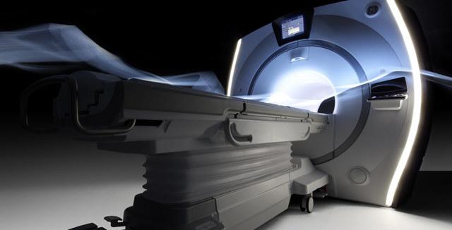 Рентген и КТ головы при головных болях: проведение процедуры, ее преимущества и недостатки