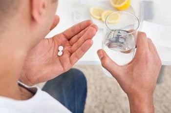 Нужны ли антибиотики при боли в горле и температуре