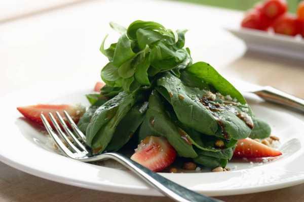 Полезные свойства и состав шпината, его пищевая ценность и правила приготовления, вред шпината